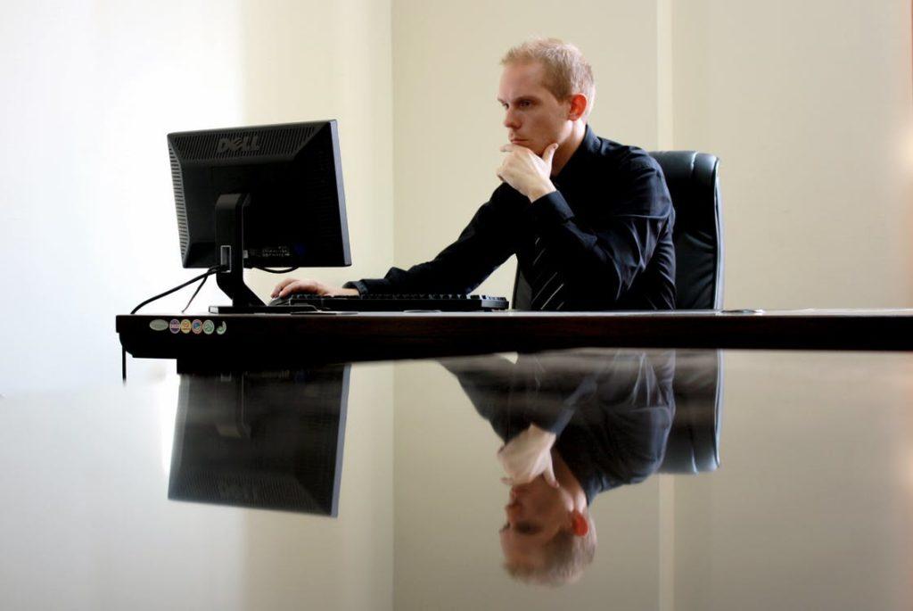 Heb je geen zin in je werk en ben jij op zoek naar een nieuwe baan? Kijk een keer op Bonque.nl