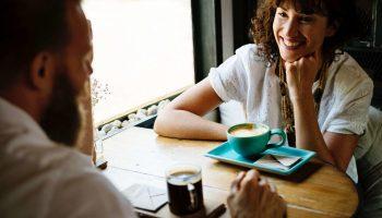 Sollicitatiegesprek voeren? 10 tips om het gesprek direct naar je hand te zetten
